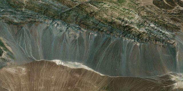 Xinjiang Uygur dunes,china